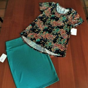 LULAROE OUTFIT! L- CLASSIC-T TOP & M- CASSIE SKIRT